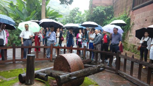 宜宾市委党校组织党员干部到赵一曼故居开展党性教育活动